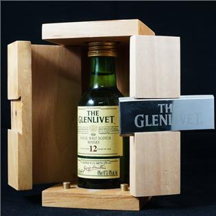 The Glenlivet 12 years old with wooden box ( đầy đủ hộp gỗ)